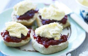 A Cornish cream tea is an experience not to be missed during a holiday in Cornwall. Just add a glass of champagne for some added pizzazz! www.carbisbayholidays.co.uk