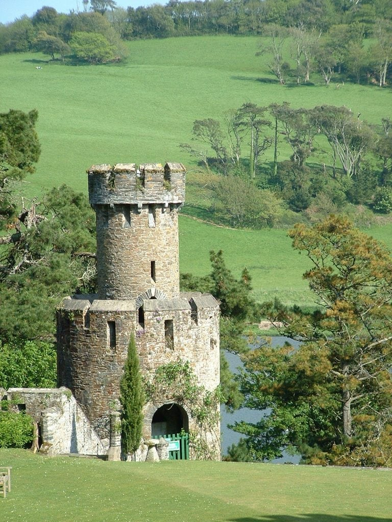 Castles in Cornwall, Caerhays Tower