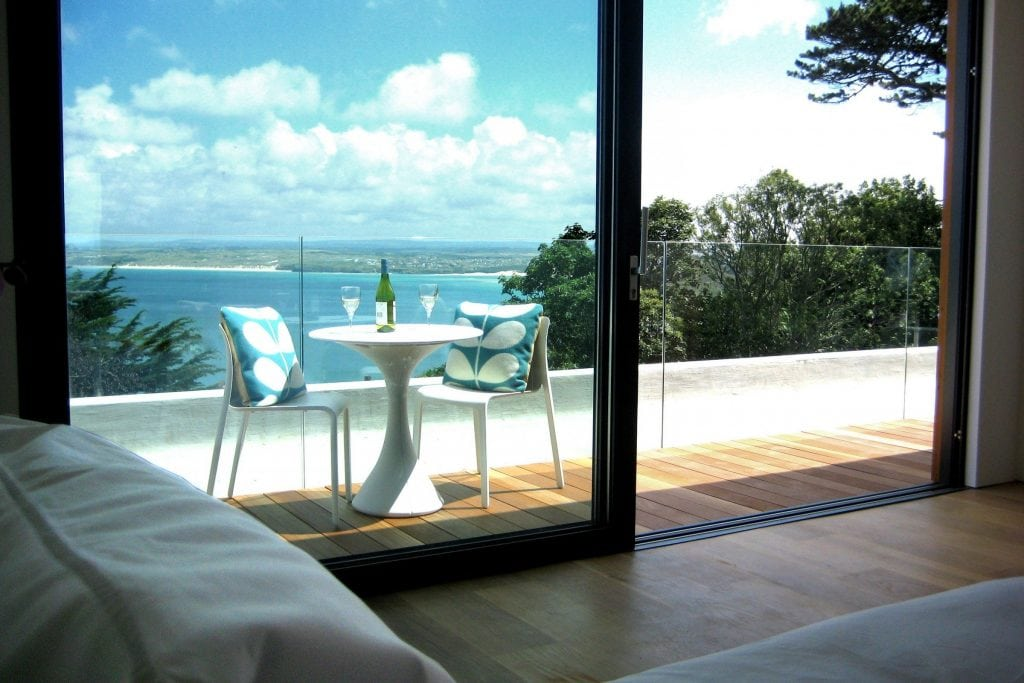 Holiday Homes in Cornwall for Large Groups, Salt House