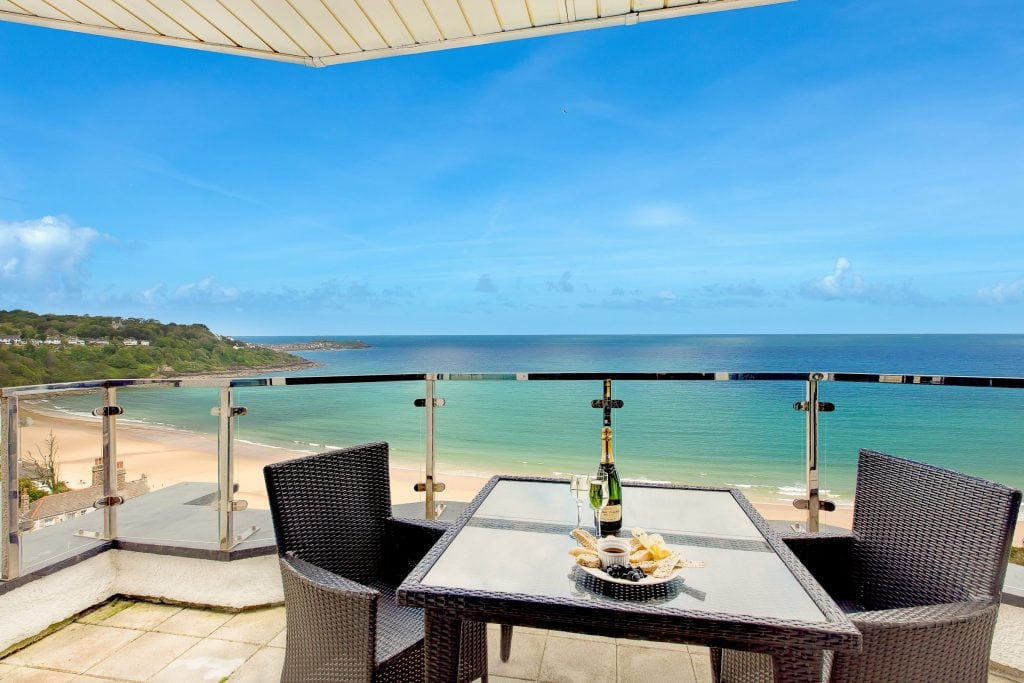 Holiday Homes in Cornwall for Large Groups, Blue Vista
