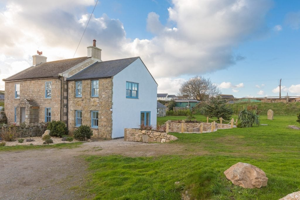 Holiday Homes in Cornwall for Large Groups, Corva Farmhouse