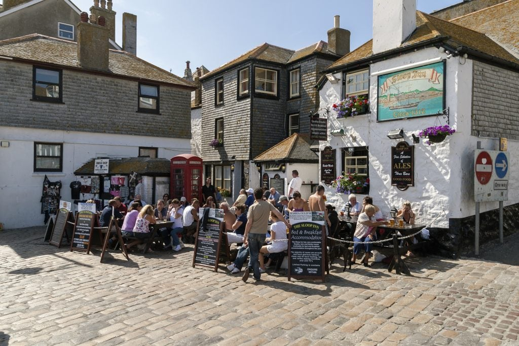 Pubs and Inns in Cornwall, Sloop Inn
