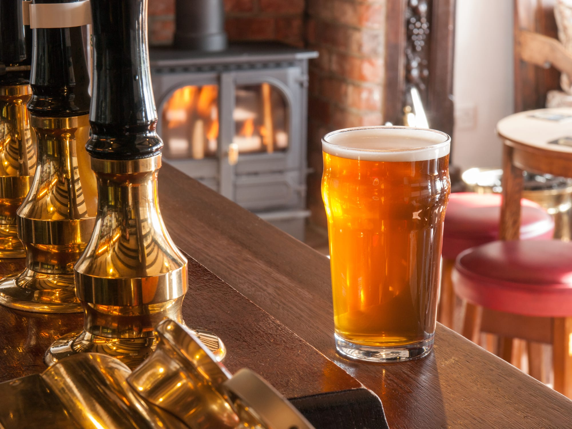Romantic Things To Do In Cornwall, Cosy Pubs