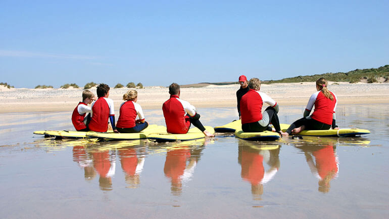 Coronavirus safe attractions Cornwall - surf lessons