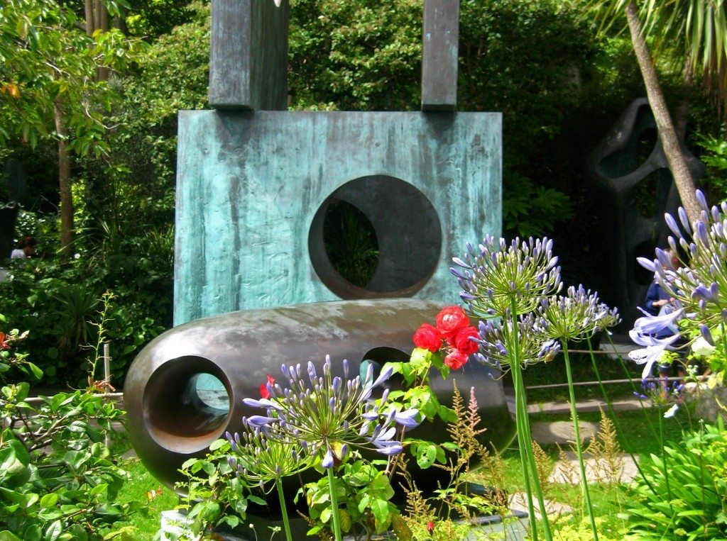 Barabara Hepworth Gardens